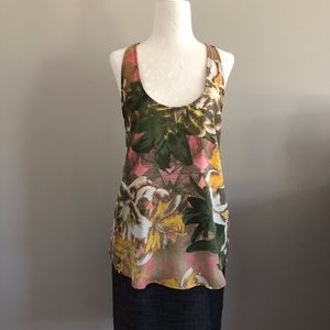 BB Dakota Tropical Print V-back Tank